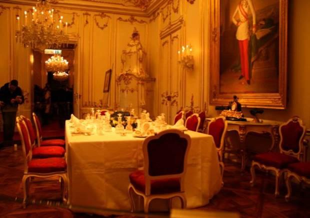 sala da pranzo shonbrunn